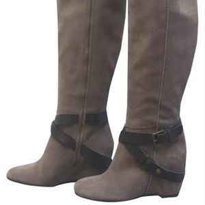Franco Sarto taupe suede wedge boot